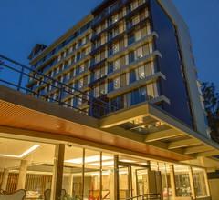 Swiss Lenana Mount Hotel 2