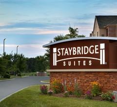 Staybridge Suites Akron-Stow-Cuyahoga Falls 2