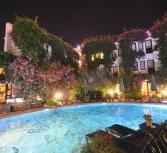 El Vino Hotel & Suites 1