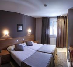 Hotel Apartamentos Ciudad de Lugo 1
