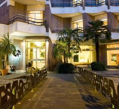 Mini Palace Hotel 2