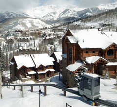 Bear Creek Lodge 2