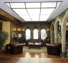 HOTEL LEONOR MIRON 2