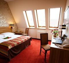 Duet Hotel 2
