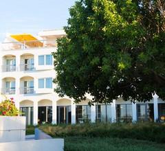 Ozadi Tavira Hotel 2