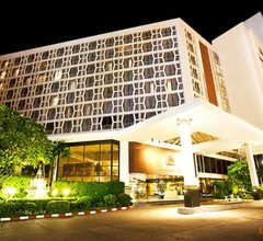Montien Hotel Surawong Bangkok 1