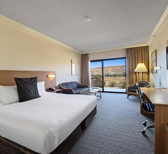 DoubleTree by Hilton Alice Springs 2