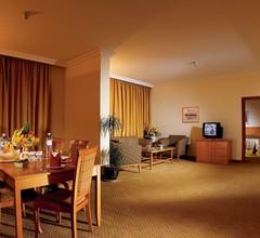 Swiss-Belhotel Sharjah 1