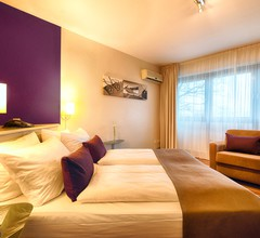 Leonardo Inn Hotel Hamburg Airport 1