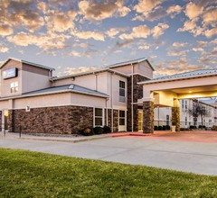 Comfort Inn & Suites Junction City - near Fort Riley 2