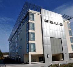 Hotel Major 2
