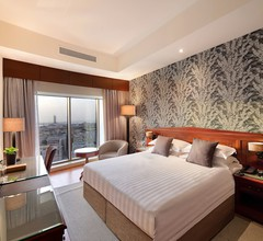 Majestic City Retreat Hotel 2