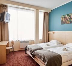 Rija Bauska Hotel 1