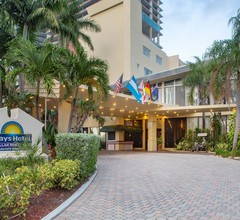 Days Hotel by Wyndham Thunderbird Beach Resort 2