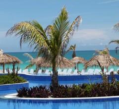 Golden Tulip Aguas Claras Resort 1