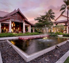 Apsara Beachfront Resort And Villa 1