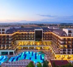 Glamour Resort & Spa 2