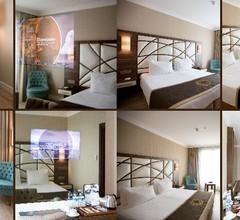 Grand Mira Hotel, The 1