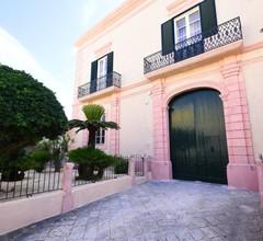Palazzo Castriota 1