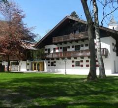 Schloss Prielau Hotel & Restaurant 1