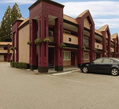 North Vancouver Hotel 2