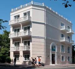 Geneva Resort Hotel 1