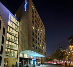 Motel One Hamburg Am Michel 1