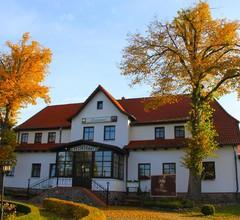 Land-gut-Hotel Hermann 1