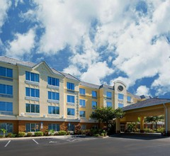Comfort Suites Near Universal Orlando Resort 2