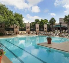 Omni San Antonio Hotel At The Colonnade 2