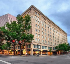 Embassy Suites by Hilton Portland Downtown 2