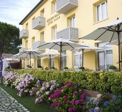 Viktoria Palace Hotel 1