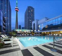 Radisson Admiral Toronto Harbourfront 2