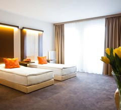Platinum Palace Apartments 1