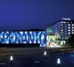 Hotel Esperanto 1