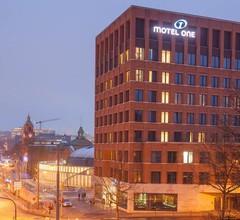 Motel One Wiesbaden 2