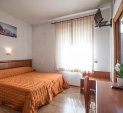 Aequa Hotel 2
