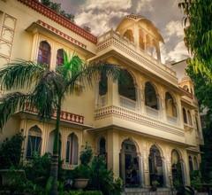 Krishna Palace 1