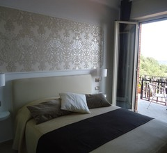 Mini Hotel 1