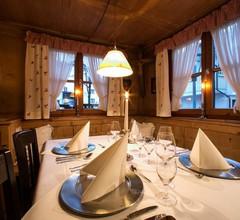 Hotel Hirsch 2