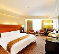 Rembrandt Hotel & Suites Bangkok 1