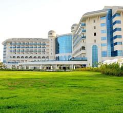 Water Side Resort & Spa 1