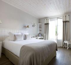 Le Clos Saint-Martin Hôtel & Spa 1