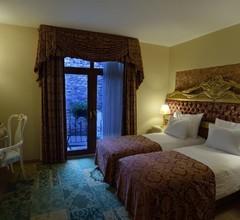 By Murat Royal Hotel Galata 1
