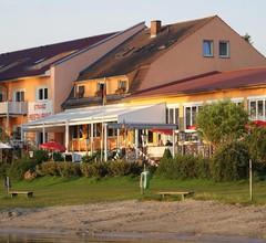 Strandhotel Mirow 1