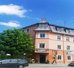 Hotel Rosenheimer Hof 1