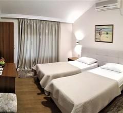 Hotel Viktoria Tirana 1