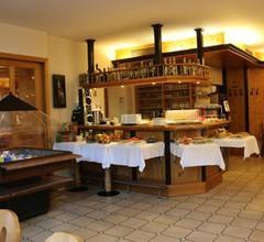 Hotel-Garni & Hostel Sandwirt 2