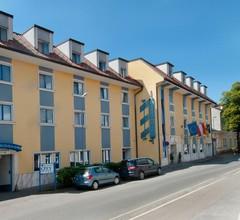 City Hotel Stockerau 1