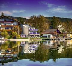 Barry Memle Lake Side Resort 2